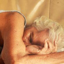 Slecht slapen beïnvloedt uw rijgedrag. Waarom en 7 slaaptips!